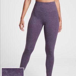 Athleta's Elation Garment Dye 7/8 Tight Leggings
